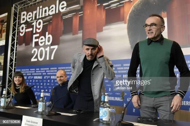 Schauspielerin Anjela Nedyalkova Schauspieler Jonny Lee Miller Schauspieler Ewen Bremner und Regisseur Danny Boyle bei der Pressekonferenz zum Film...