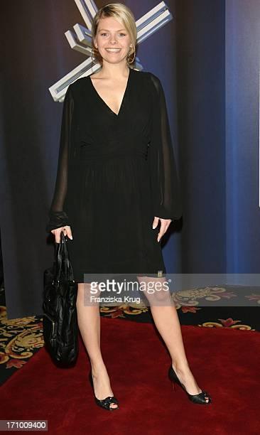 Schauspielerin Anne Sophie Briest Bei Der Verleihung Des Felix Burda Award Im Hotel Ritz Carlton In Berlin Am 280307