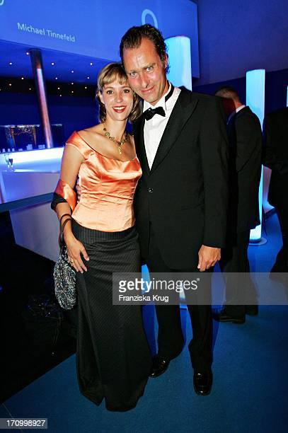 Schauspielerin Carin C Tietze Und Ehemann Bei Der Europa Park Power Child Charity Night Im Europa Park Rust Am 011005
