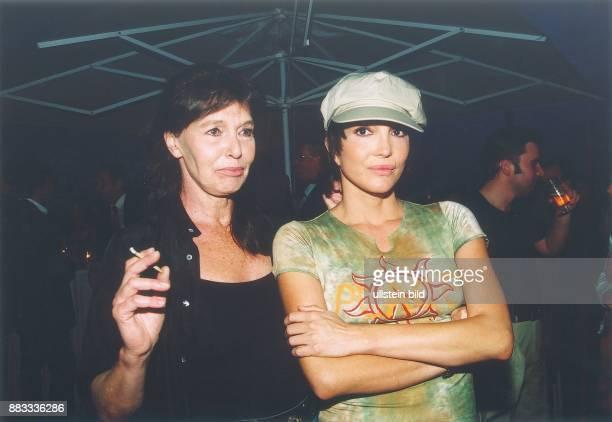 1964 Schauspielerin D mit ihrer Mutter der Schauspielerin Eva Renzi Juni 2003