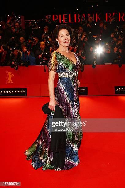 Schauspielerin Gudrun Landgrebe Bei Der 'The International' Premiere Bei Der 59 Berlinale In Berlin