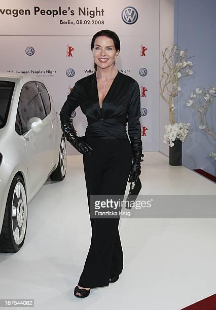 Schauspielerin Gudrun Landgrebe Bei Der 'Vw People'S Night' In Der Akademie Der Künste Am Rande Der Berlinale In Berlin Am 080208