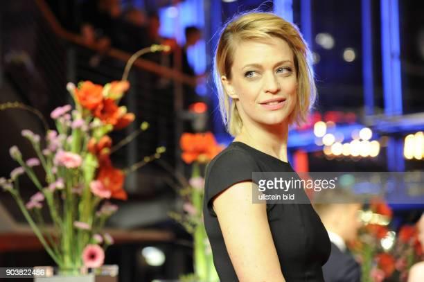 Schauspielerin Heike Makatsch anlässlich der Eröffnung der 67 Berlinale mit dem Film DJANGO
