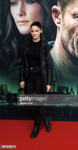 Schauspielerin Lisa Tomaschewsky aufgenommen bei der Premiere vom ARD Tatort Der grosse Schmerz im Kino Babylon in Berlin Mitte