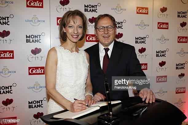 Schauspielerin Mareike Carriere Und Ehemann JGerd Klement Bei Der Verleihung Couple Of The Year Im Hotel Louis C Jacob In Hamburg
