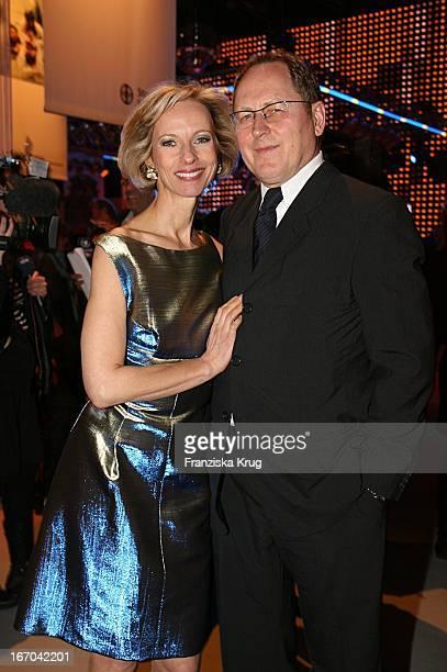 """Schauspielerin Mareike Carriere Und Ihr Ehemann J.Gerd Klement Bei Der Verleihung Des """"Studio Hamburg Nachwuchspreises 2007"""" Im Studio Hamburg Am..."""