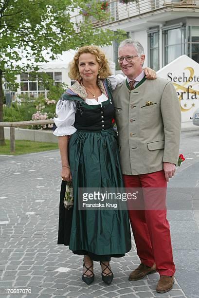 Schauspielerin Michaela May Und Ehemann Dr Jack Schiffer Beim Empfang Zum 60 Geburtstag Von Leopold V Bayern Im Dorint Seehotel Rottach Egern Am...