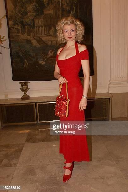 """Schauspielerin Michaela Merten Bei Der Verleihung Des """"Gala Spa Award 2001"""" In Baden Baden Am 170301"""