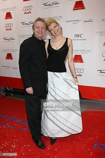 Schauspielerin Michaela Merten Und Ehemann Pierre Franckh Beim 34 Deutschen Filmball Im Hotel Bayerischer Hof In München Am 200107
