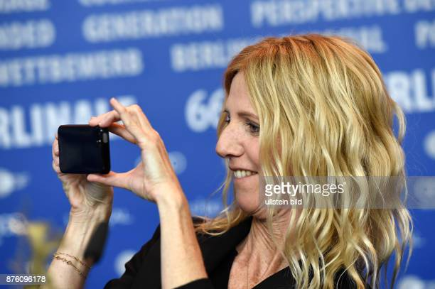 Schauspielerin Sandrine Kiberlain während der Pressekonferenz zum Film QUAND ON A 17 / BEING 17 anlässlich der 66 Internationalen Filmfestspiele...