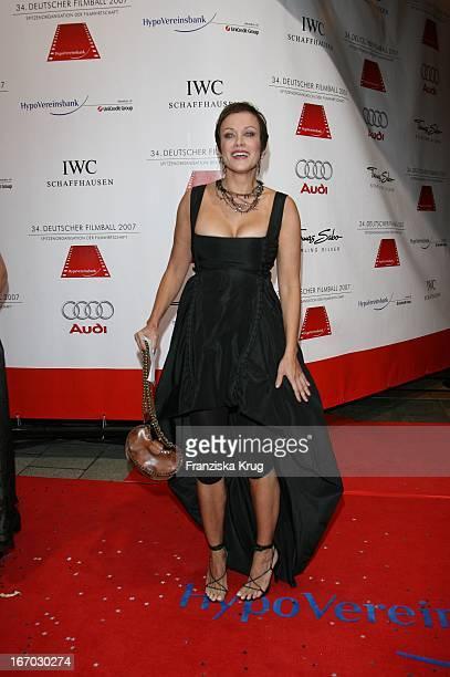 Schauspielerin Sonja Kirchberger Beim 34 Deutschen Filmball Im Hotel Bayerischer Hof In München Am 200107