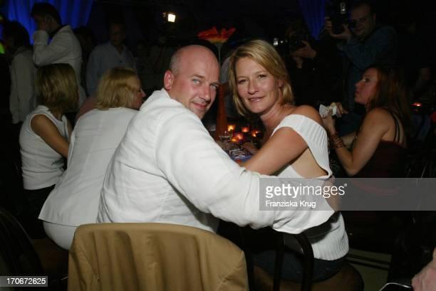 Schauspielerin Suzanne Von Borsody Und Freund Jens Schniedenharn Bei Der Aftershow Party Im Haus Der Kulturen Nach Der Deutschlandpremiere 3 Engel...