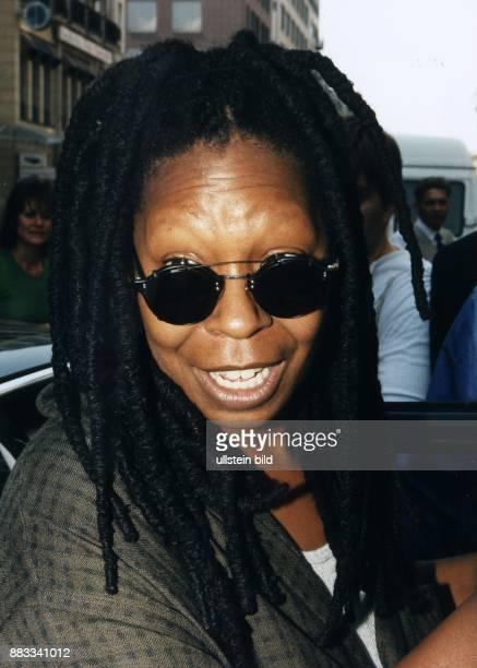 Schauspielerin USA Porträt mit Sonnenbrille 1997
