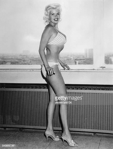 Schauspielerin USAim Bikini um 1960