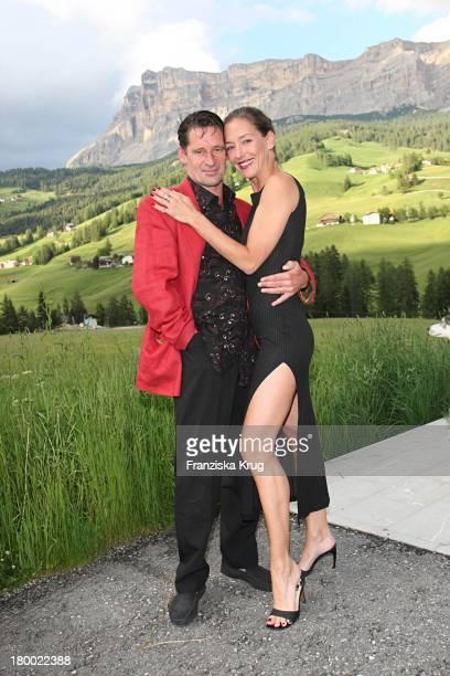 Schauspielerpaar Max Tidof Und Lisa Seitz Beim Grossen Grenzverkehr In In Alta Badia Am 160607