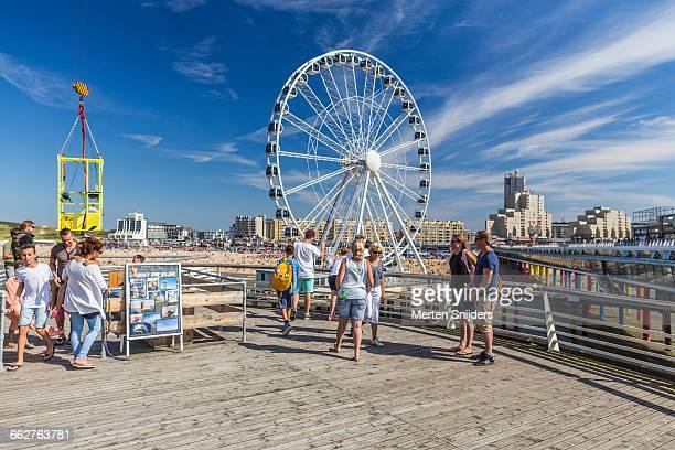scheveningen pier ferris wheel - scheveningen stock pictures, royalty-free photos & images