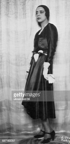 Schiaparelli Elsa Modeschoepferin Italien Portrait um 1930 Foto d'Ora