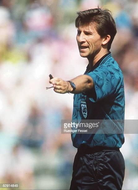 FUSSBALL BUNDESLIGA 060595 FIFA Schiedsrichter Hermann ALBRECHT