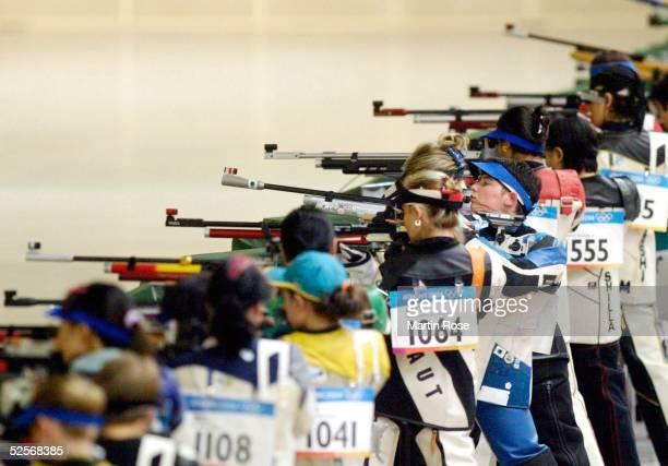 Schiessen Olympische Spiele Athen 2004 Athen Luftgewehr 10m / Frauen Sonja PFEILSCHIFTER / GER 140804