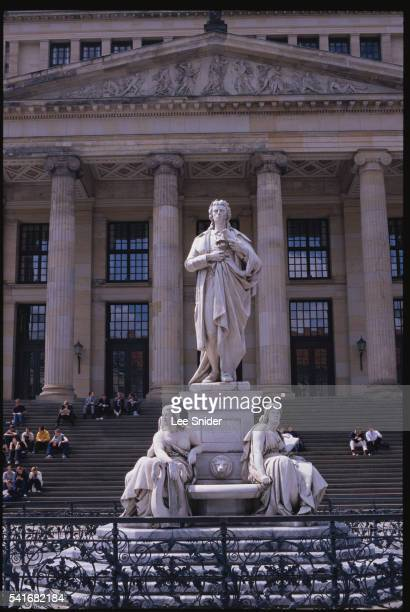 schiller by reinhold begas - konzerthaus berlin stock pictures, royalty-free photos & images