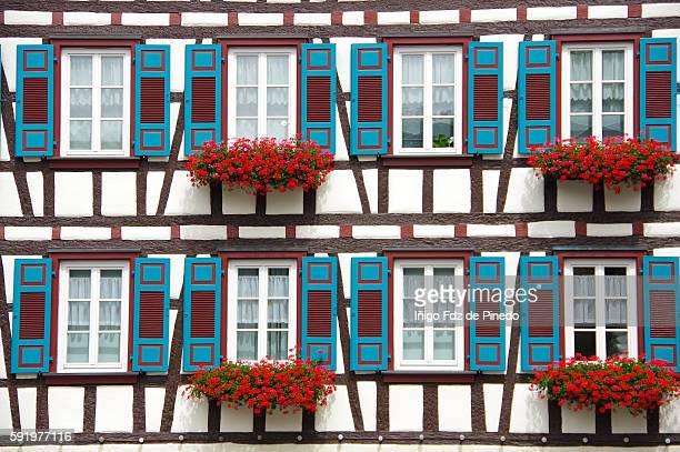 schiltach house -baden-wurttemberg- germany. - fensterladen stock-fotos und bilder