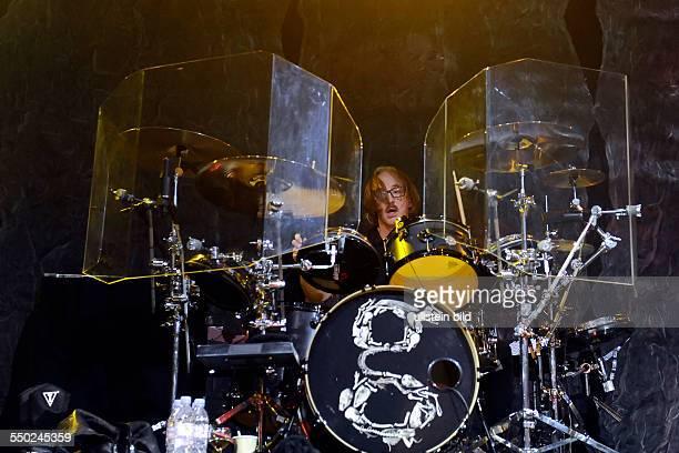 Schlagzeuger Butch Vig während eines Konzerts im EWerk in Köln
