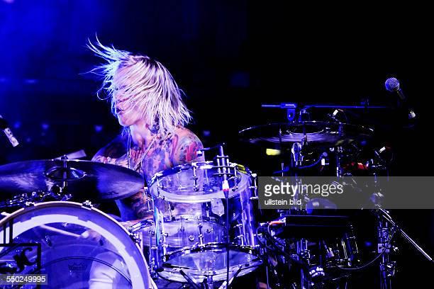 Schlagzeuger Steven Forrest während eines Auftritts anlässlich des Mera Luna Festivals in Hildesheim