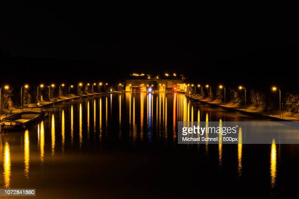 schleuse anderten bei nacht - nacht stock pictures, royalty-free photos & images