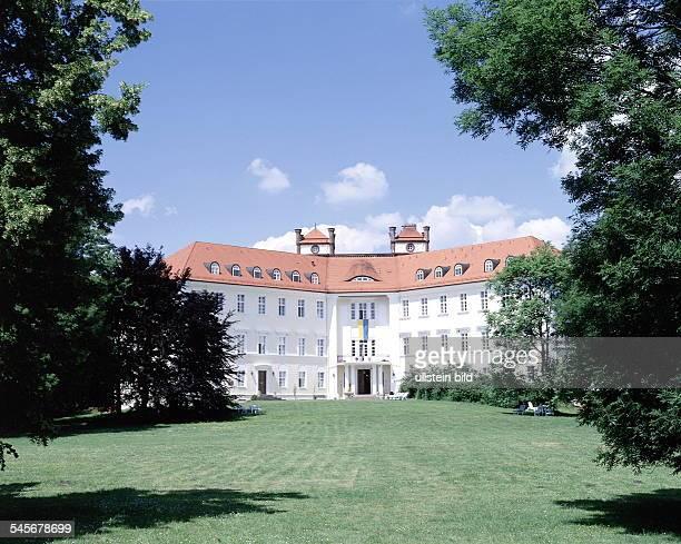 Schloss Lübbenau frisch renvoiertAussenansicht 1999