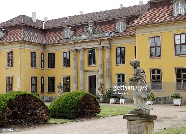 Schloss Mosigkau - Die Gaerten und Schloesser und Interieurs exestieren seit mehr als 200 Jahren und sind mit ihrer harmonischen Verbindung mit der...