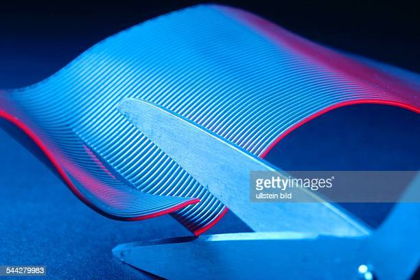 Schneider Design Kreativität Schneiden eines Materials mit einer Schere