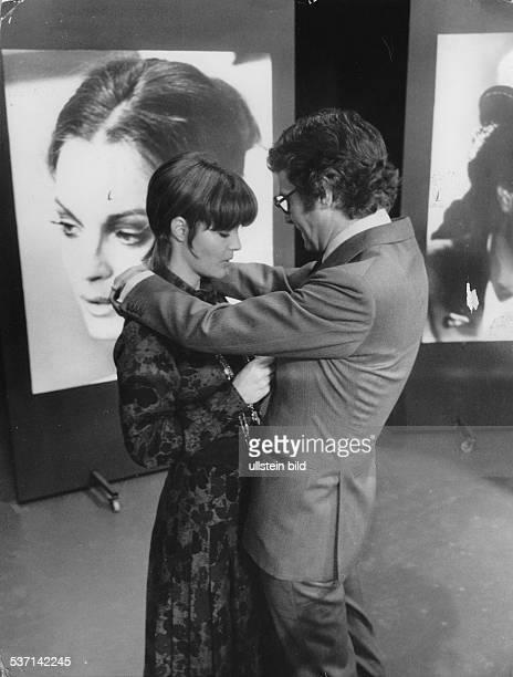 Schneider Romy Schauspielerin D mit Ehemann Harry Meyen 1971