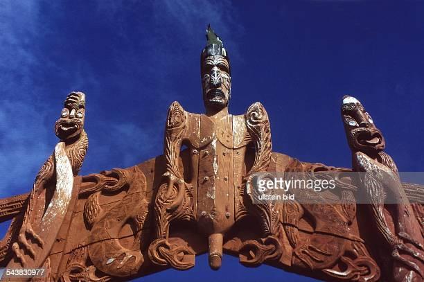 Schnitzkunst der Maoris auf Neuseeland