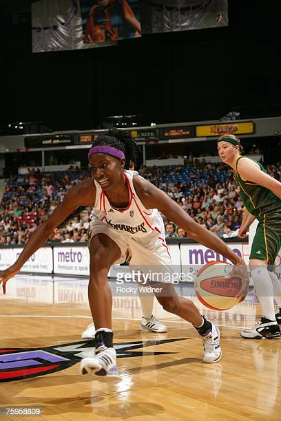 Scholanda Robinson of the Sacramento Monarchs takes the ball to the basket against the Seattle Storm at ARCO Arena on August 3 2007 in Sacramento...