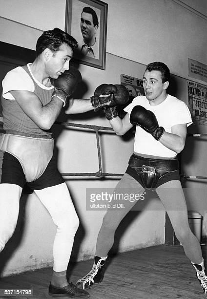 Scholz Gustav 'Bubi' Boxer D Sparring mit Dieter Wemhoener 1957
