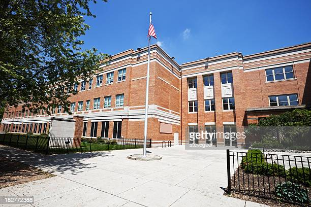 school building in west ridge, chicago - school building stock pictures, royalty-free photos & images
