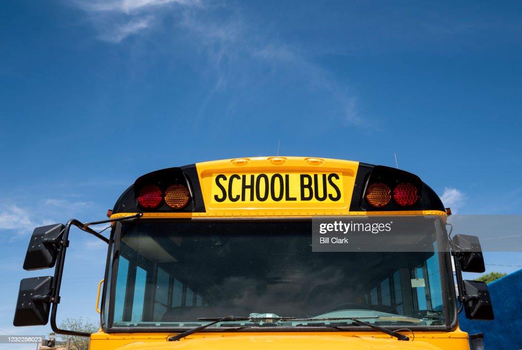 School Bus : News Photo