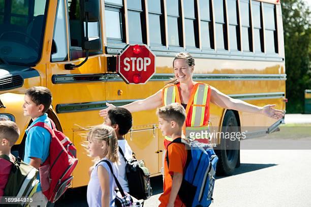 Arrêt de bus scolaire