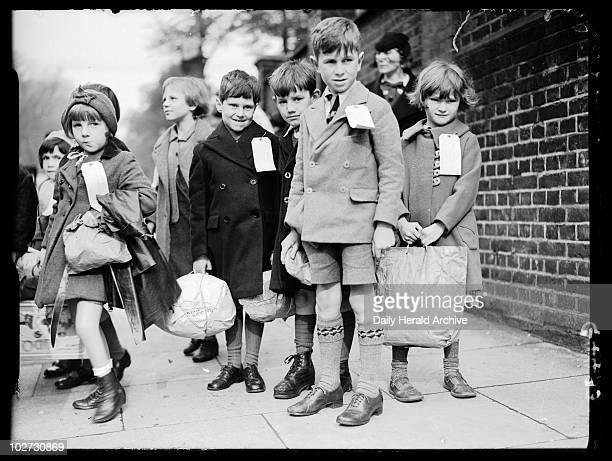 School children being evacuated from London 28 September 1938 Children being evacuated from LondonThese evacuees carrying a few possessions in...
