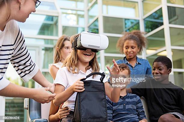 School Kids experimenting virtural reality
