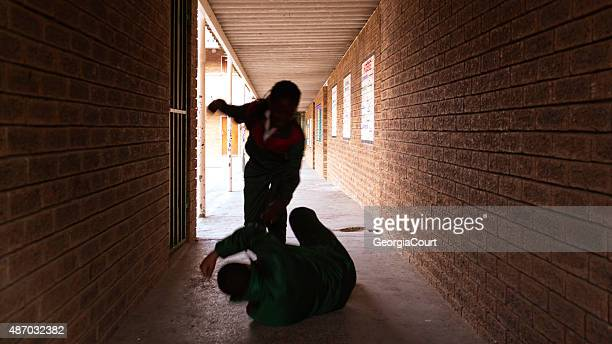 School kids fighting