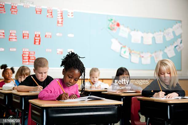 school kids - primary age child stock pictures, royalty-free photos & images