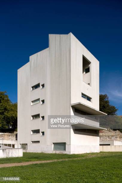 School Of Architecture Porto Portugal Architect Alvaro Siza School Of Architecture Faculdade De Arquitectura Porto Portugal 1994
