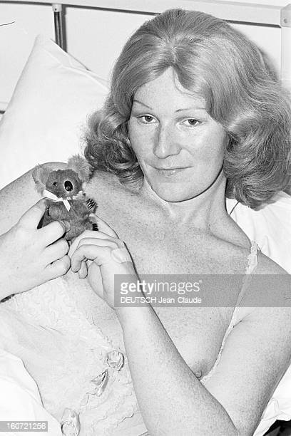 School Of Transsexuals England En Grandebretagne à Londres à l'hôpital de Charring Cross dans le service psychiatrique du docteur RANDALL où les...