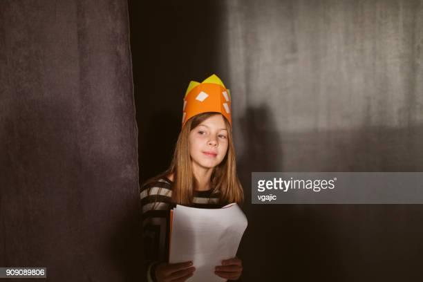 school play rehearsal - attore foto e immagini stock