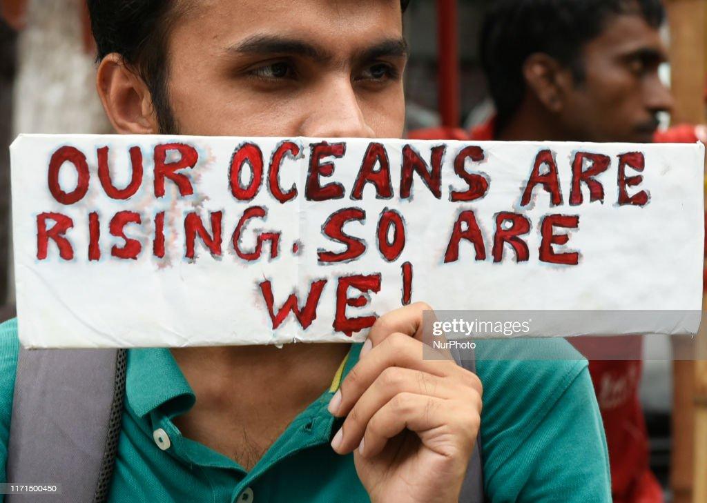 Global Climate Strike In Kolkata : News Photo