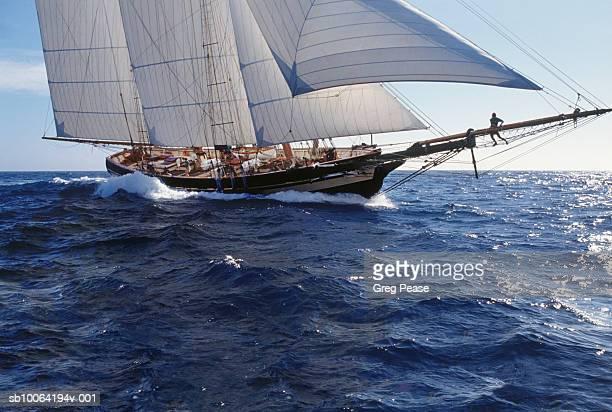 Schooner Pride of Baltimore II sailing