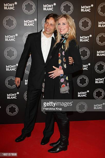 Schwangere Jette Joop Mit Ehemann Christian Elsen Beim Montblanc De La Culture Arts Patronage Award Im Hotel De Rome In Berlin