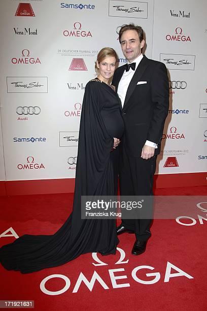 Schwangere Lisa Martinek Und Ehemann Giulio Ricciarelli Beim 39Deutschen Filmball Im Hotel Bayrischer Hof In München