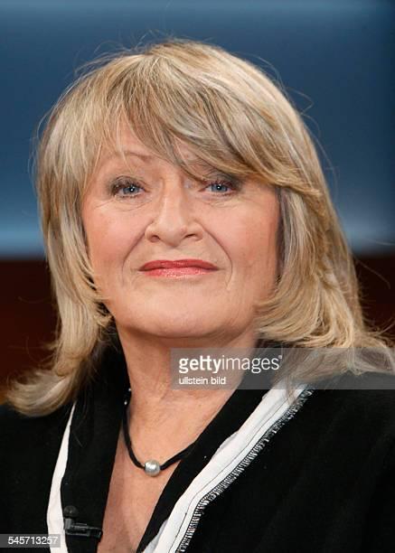 Schwarzer Alice Jounalist Author Germany